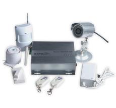 Sapsan GSM MMS S3522 Сигнализация GSM Охранная система SAPSAN GSM MMS создана для охраны и регистрации вторжений в дома, общественные места и офисные помещения. Система основана на передаче изображения с телекамер наблюдения посредством сотовой связи на телефоны или коммуникаторы. Когда срабатывает один из датчиков, отсылается изображение камеры на телефон пользователя посредством MMS. Также, если пользователь хочет получить фото, он может послать команду системе SAPSAN GSM MMS, в ответ она немедленно пришлет текущее изображение объекта съемки. Система оборудована (двумя) релейными выходами, что дает возможность напрямую удаленно контролировать другие электрические приборы.